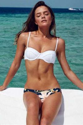 Angelsin - Angelsin Üstü Beyaz Altı Renkli Özel Tasarım Bikini - MS41822