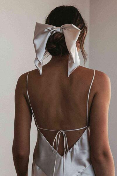Merry See Sırt Dekolteli Uzun Saten Gecelik Elbise Beyaz-MS2329