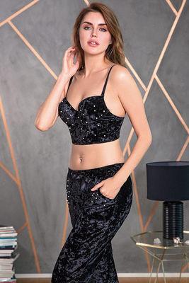 Anıl - Siyah İnci Detaylı Büstiyerli Kadife Pijama Takımı 4154