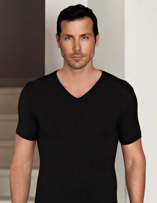 Şahinler - Siyah V Yaka Kısa Kollu Modal Erkek T-Shirt ME130